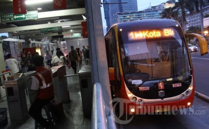 Antisipasi Virus Corona, Transjakarta Tak Layani Transaksi Top Up Saldo dan Pembelian Kartu di Halte
