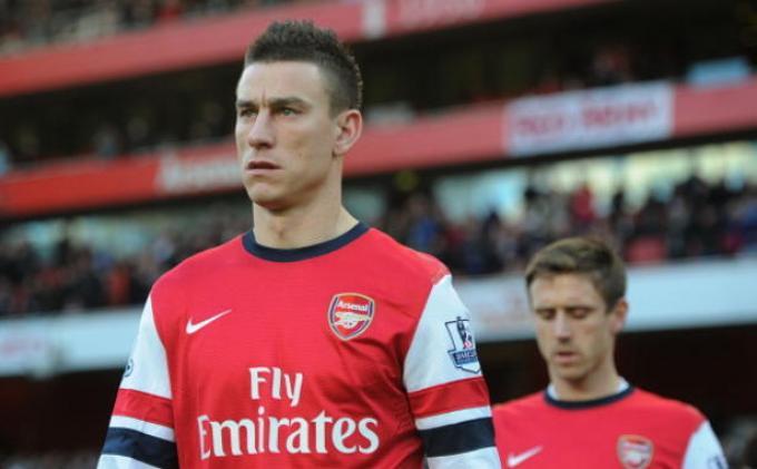 Arsenal Kembali Turunkan Laurent Koscielny