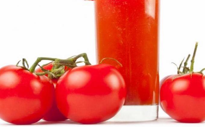 Ini Dia Jus Tomat Ringankan Gejala Menopause
