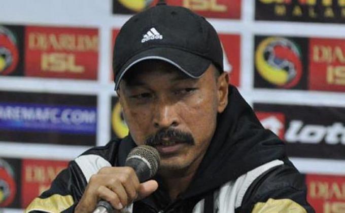 Pelatih Timnas Pasrah Soal Sanksi FIFA