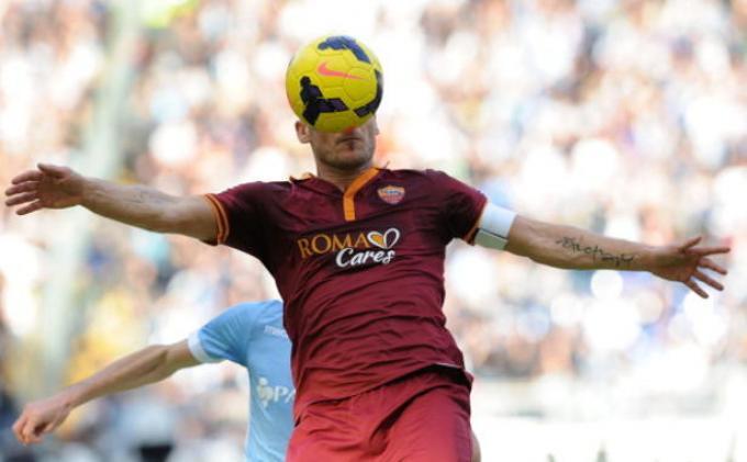 Francesco Totti Bakal Pensiun Musim Ini