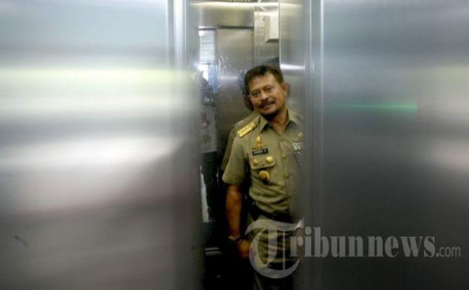 Polisi: Muktar Terpeleset Sebelum Tewas Terjepit di Lift