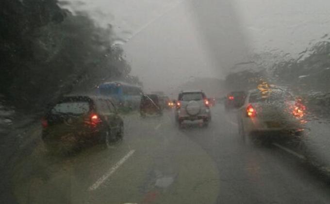 UPDATE Prakiraan Cuaca Sabtu 29 Mei 2021: Sebagian Wilayah Indonesia Diguyur Hujan Lebat