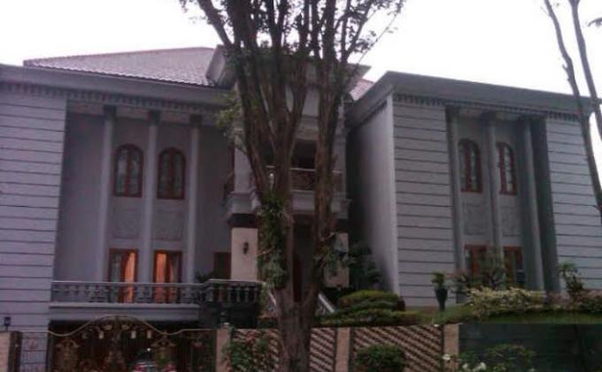 Rumah Tersangka Sutan Batoegana di Perumahan Villa Duta Bogor Sepi