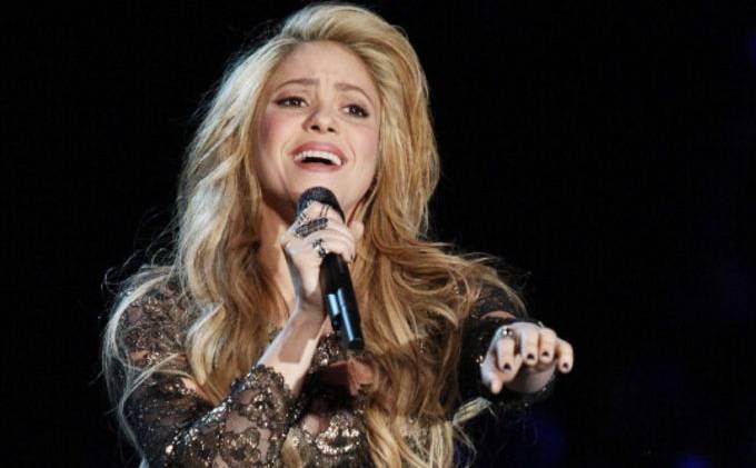 Shakira Akan Nyanyi di Final Piala Dunia 2014