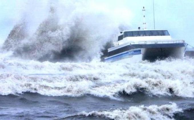 WASPADA Fenomen Angin Monsun Asia, Mulai dari Hujan Lebat 4 Hari Sampai Gelombang Tinggi