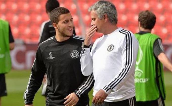 Eden Hazard Nilai Mourinho sebagai Manajer Humoris