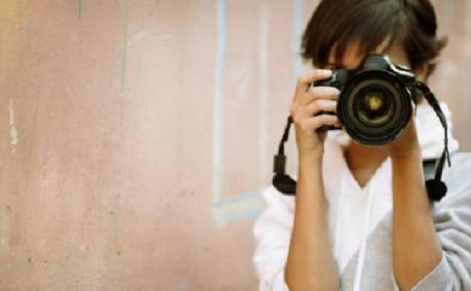 ilustrasi -  Fotografi bisa jadi pekerjaan sampingan