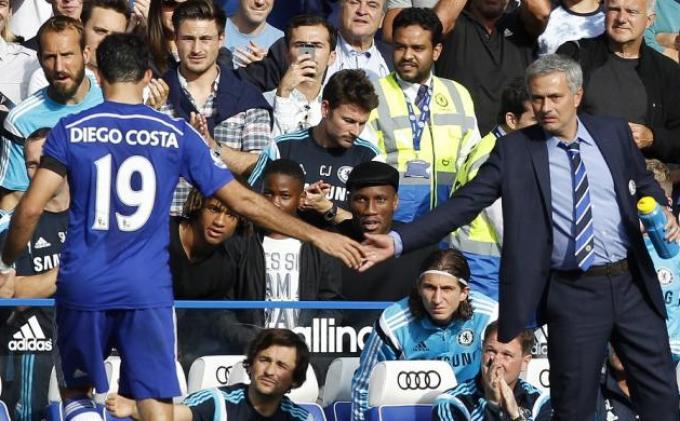 Mourinho Bakal Terus Lindungi Diego Costa