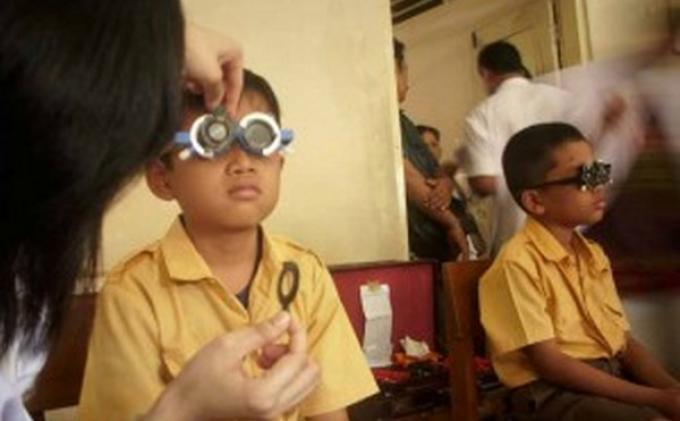 Orang Tua dan Guru Diminta Jaga Kesehatan Mata Anak