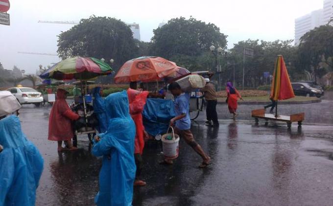 UPDATE Prakiraan Cuaca Selasa 20 April 2021: Hujan Lebat Diprakirakan Guyur Sejumlah Wilayah