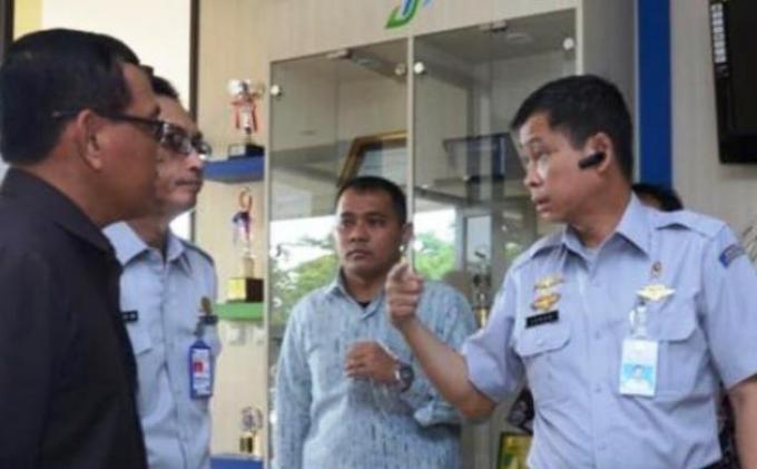 Menhub Jonan Marahi Direktur Air Asia soal Prosedur Terbang