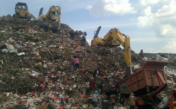 Sebanyak 800 Ton Per Hari Sampah Tidak Terangkut