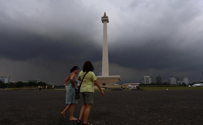 Peringatan Dini Cuaca Jakarta Rabu 24 Februari 2021 Hingga 16.30, Potensi Hujan Deras, Angin Kencang