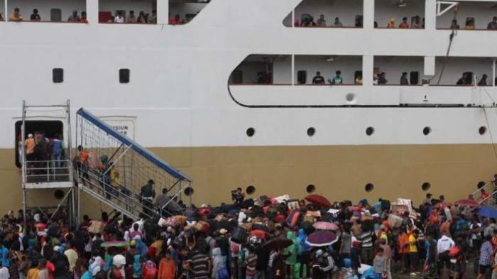 Jumlah Penumpang Menggunakan Jasa Penyeberangan Sumatera-Jawa Meningkat, Berikut Ini Penjelasan ASDP