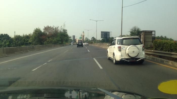 Pukul 07.10 WIB Tol BSD arah Jakarta Macet Panjang