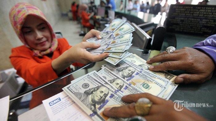 Intip Nilai Tukar Kurs Rupiah Terhadap Dollar AS Senin 17 Mei di BCA dan BNI, Melemah