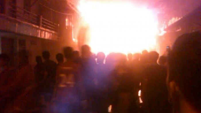BREAKING NEWS : Pasar Inpres Tanah Abang Terbakar