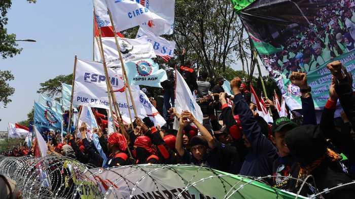 Pergub Unjuk Rasa Direvisi, Buruh Minta Dicabut