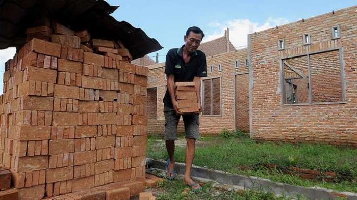 Hukum Tidak Puasa Ramadhan untuk Kuli Bangunan, Pekerja Tambang, Penarik Becak, Sopir Bus