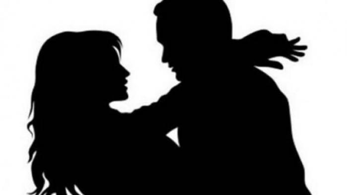 Selingkuh, Subuh-subuh Oknum Satpol PP Masuk Rumah Istri Orang Kepergok Warga, Sempat Berciuman