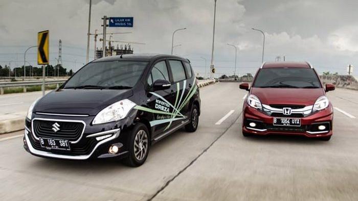Perbandingan Honda Mobilio dan Suzuki Ertiga Dreza