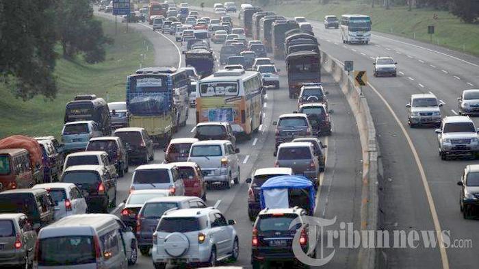 Tol Jakarta-Cikampek Dilintasi 98.831 Kendaraan pada Libur Paskah