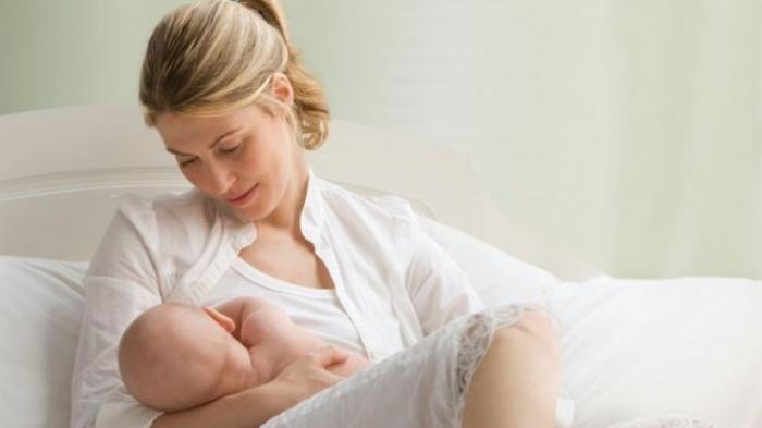 Cara Mengatasi Keluhan Menyusui di Awal Kelahiran