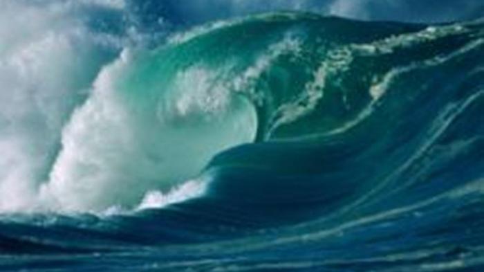 Gelombang Setinggi 4 Meter di Samudera Hindia, BMKG Ingatkan Sebagian  Warga di Perairan NTT Waspada