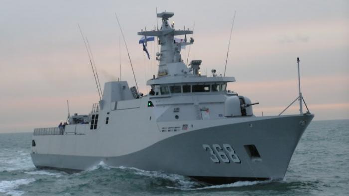 Momen Kapal TNI AL Seruduk Kapal Perang Malaysia Usai Dibuat Geram, Panik &  Pilih Mundur - Halaman all - Warta Kota