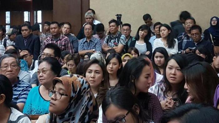 Alasan Keluarga Mirna Tepuk Tangan saat Dengar Penjelasan Saksi Sidang Jessica