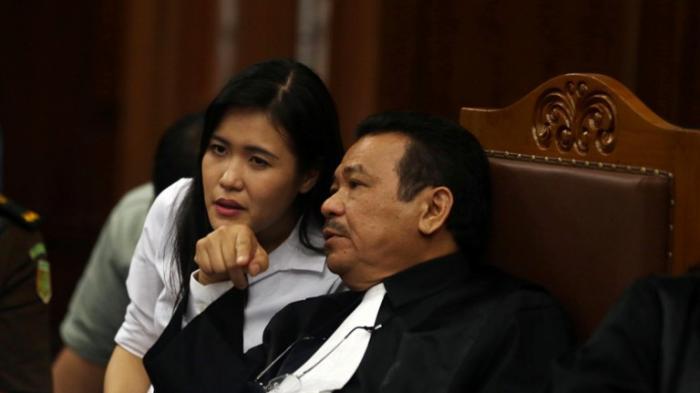Pengacara: Suami Mirna Berikan Sesuatu Kepada Barista Olivier setelah Mirna Tewas Fakta Persidangan