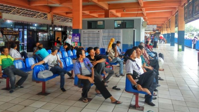 Pemudik Alami Lonjakan di Terminal Kampung Rambutan Sebesar 230 Persen