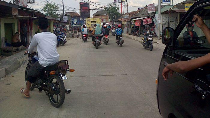 Selalu Tergenang, Proses Perbaikan Jalan Raya Cengkudu Dikebut