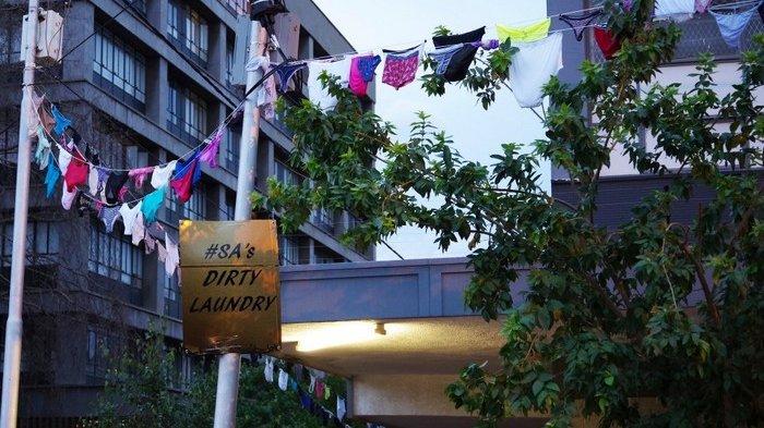 Wow, Ribuan Celana Dalam Dijemur di Jalan, Para Wanita Ini Protes Perkosaan