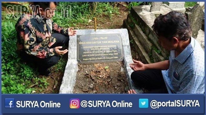 Ahli waris Tan Malaka berziarah ke makamnya di Desa Selopanggung.