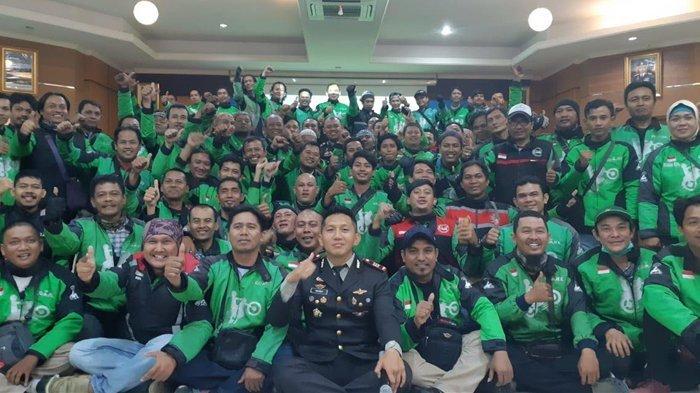Satlantas Polres Bogor Latih Driver Ojol Safety Riding
