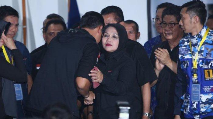 Annisa Pohan Menangis Dengar Agus Yudhoyono Ucapkan Pidato Kekalahan