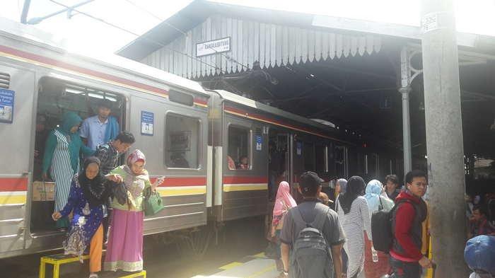 PT KCJ Rencanakan Bangun Tangga Pembantu di Stasiun Rangkasbitung