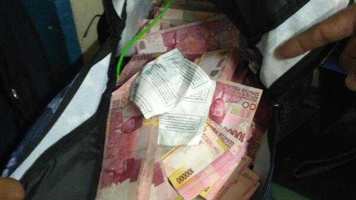 Pelaku Incar Lokasi Sepi, Berikut Tips Terhindar dari Pembobolan ATM
