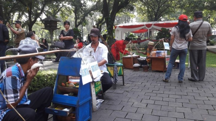Kawasan Elit Beserta TPS VIP Taman Suropati