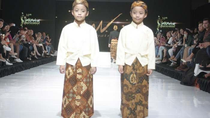 BERITA FOTO: Begini Gaya Musa Widyatmodjo Tampilkan Ikon Kartini