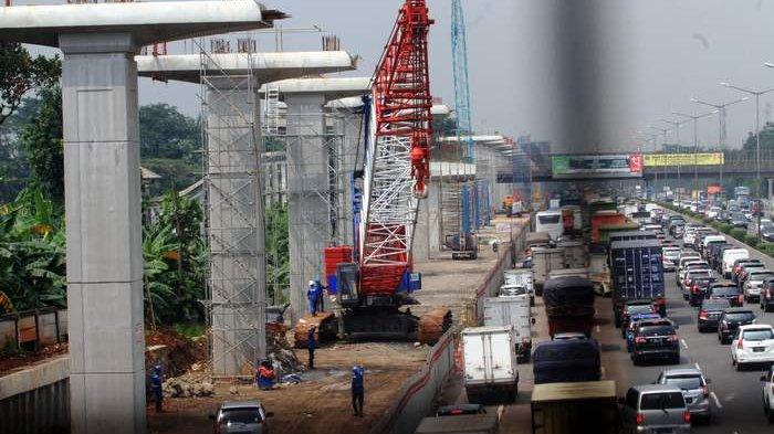 Proyek LRT Paksa Rute Kendaraan di Pancoran Berubah