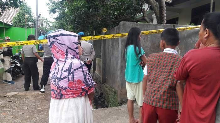 Menurut Warga Terduga Teroris di Cipayung Jarang Bergaul