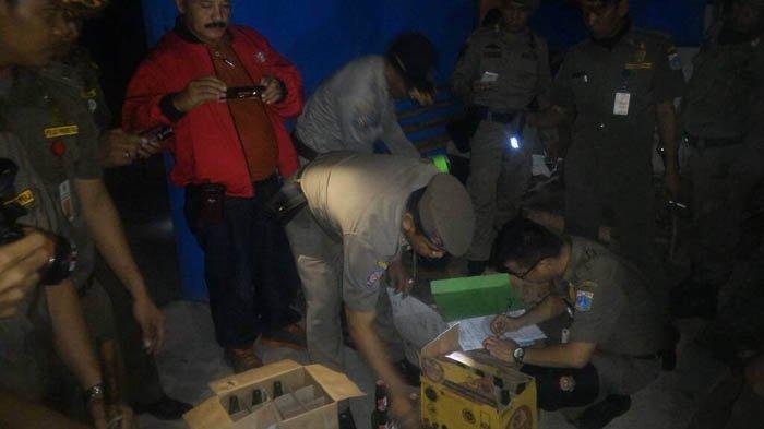 Operasi Pekat, Preman dan PSK Kalijodo Lari Terbirit-birit dan Menyita Ratusan Botol Miras