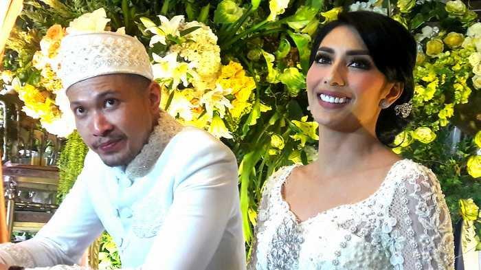 Tyas Mirasih dan Raiden Soedjono saat menikah pada 8 Juli 2017.