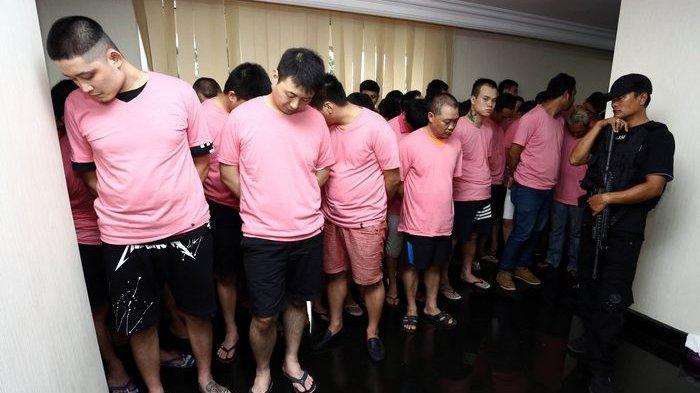 BERITA FOTO: Para Penipu Ini Akan Dipulangkan ke China