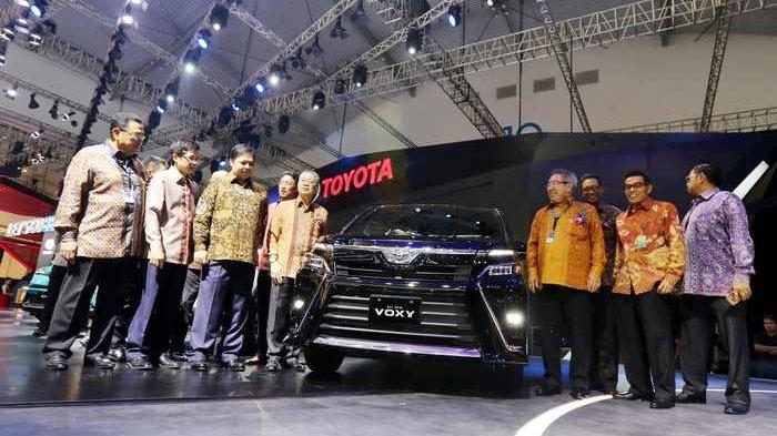 Toyota Voxy Dibandrol Rp446 Juta di GIIAS 2017