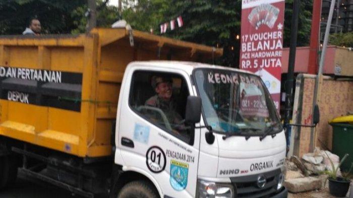 Saat Lebaran DLHK Kota Depok Siagakan 240 Pesapon dan 25 Armada Kebersihan, UPS Juga Diaktifkan