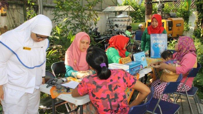 Ratusan Orang Meriahkan Kegiatan TNI Manunggal KB-Kesehatan